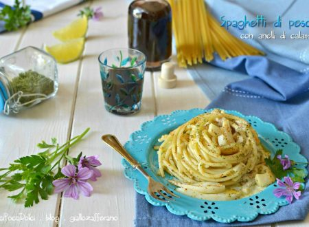 Spaghetti di pesce con anelli di calamaro