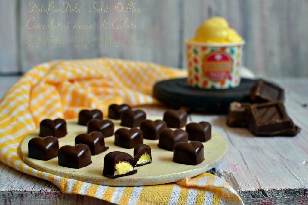 Cioccolatini ripieni di gelato alla crema