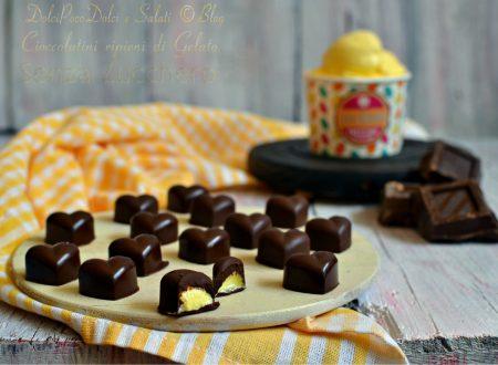 Cioccolatini ripieni di gelato alla crema senza zucchero
