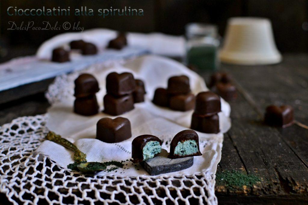 Cioccolatini alla spirulina