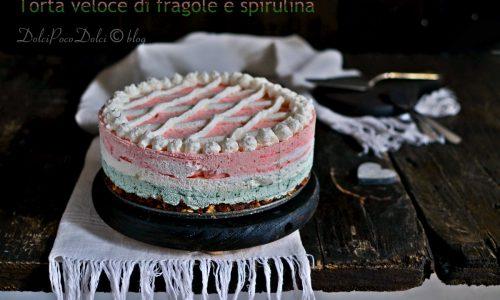 Torta veloce di fragole e spirulina senza zucchero