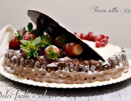 Torta alla crema e mascarpone con cioccolato e fragole