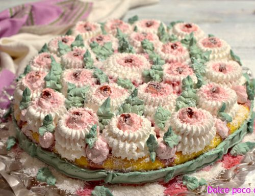 Torta di compleanno fragole crema e panna