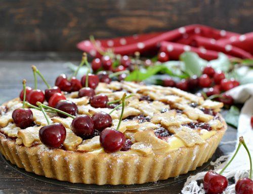 Crostata di ciliegie e crema pasticcera