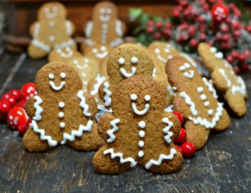Biscotti pan di zenzero Ricetta Natale Gingerbread man cookies Christmas con bimby e senza
