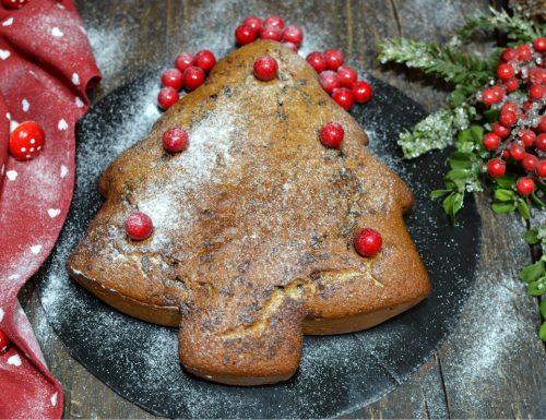 Torta albero di Natale morbida senza burro ne zucchero con Bimby