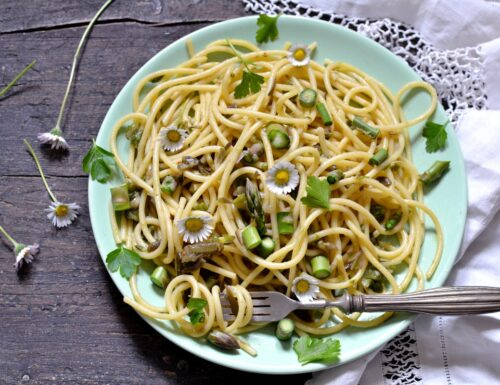 Spaghetti asparagi e carciofi