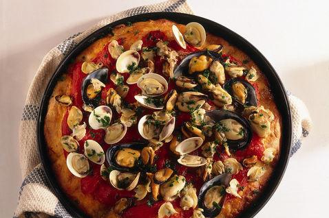 Pizza alle cozze e vongole