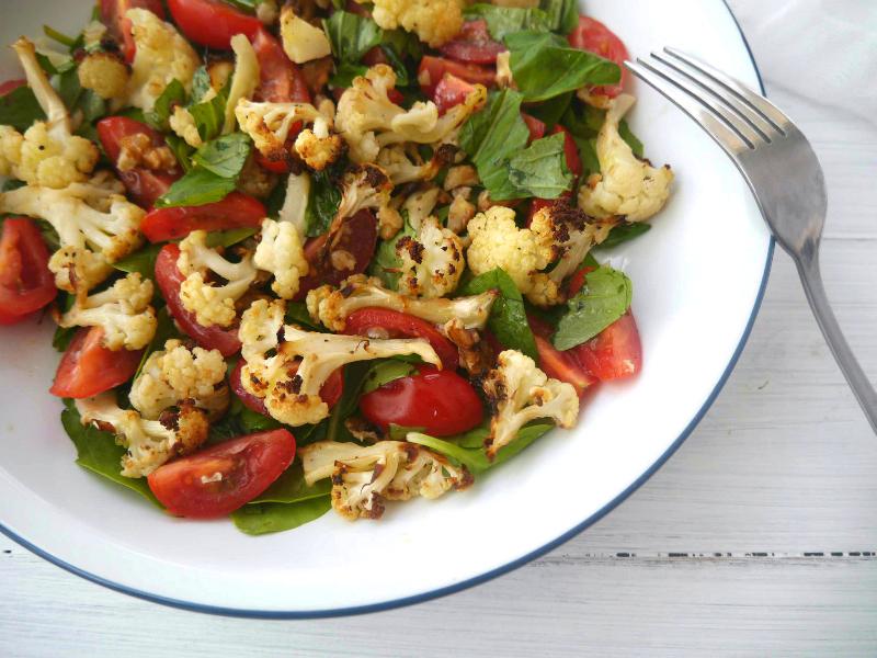 insalata di cavolfiore e pomodori