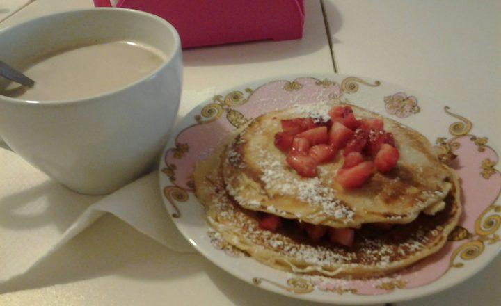 Pancakes, Nutella e fragole fresche