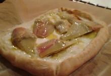 Pizza con carciofi sott'olio fatti in casa (ed altre varianti)