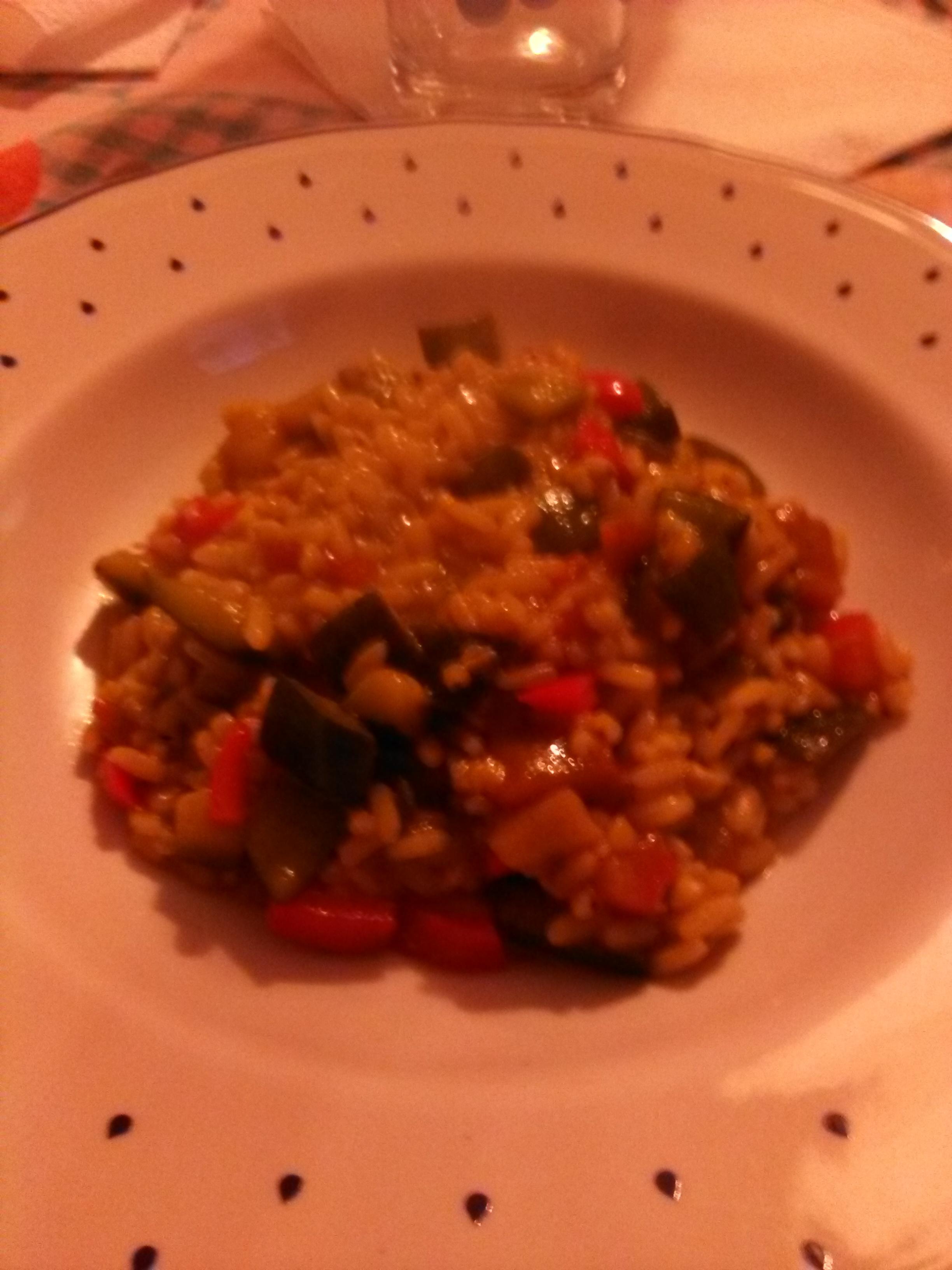 Risotto (composto da riso integrale, avena e miglio) alle verdure orientali e provolone dolce (o piccante)/formaggio Gorgonzola home-made