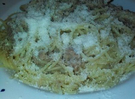 Spaghetti con sugo in bianco di tonno (in scatola) home-made