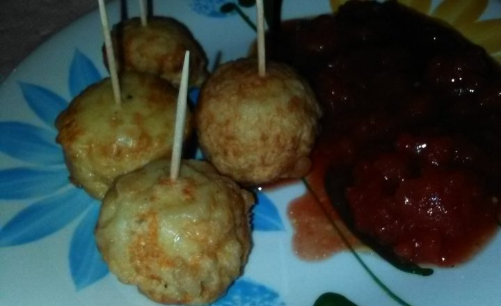Chicken nuggets e salsa rossa home-made