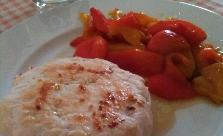 Hamburger di pollo e peperoni al forno home-made