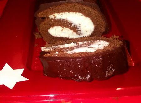"""Rotolo al cacao ripieno di crema al mascarpone e ricoperto di cioccolato extra fondente """"Novi"""" home-made"""