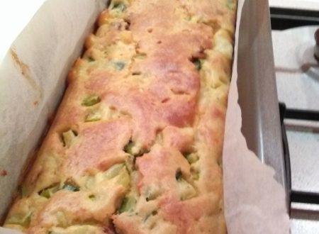 Plumcake home-made di zucchine, pomodori sott'olio e mozzarella