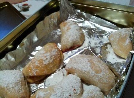 Frittelle dolci al forno ripiene home-made