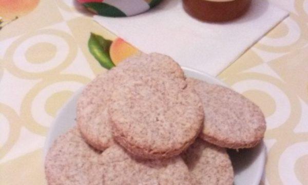 Biscotti di pasta frolla integrale