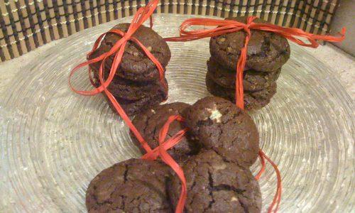 Biscotti con nocciole e due cioccolati ricetta idea Natale diy