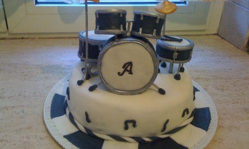 Torta batteria musicale in pdz cake drums pasta di zucchero