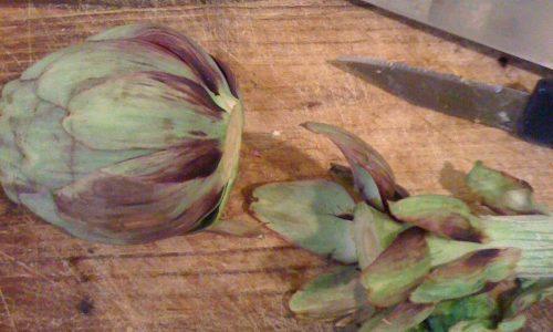 Come pulire i carciofi e prepararli per cottura veloce