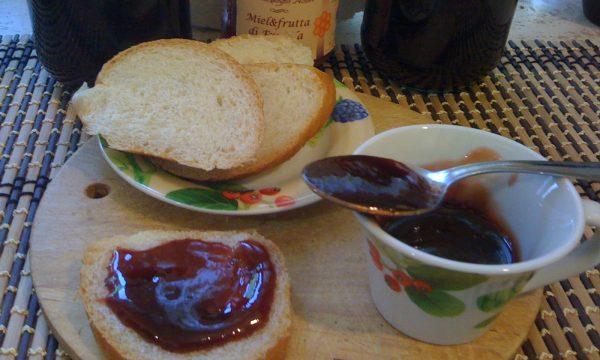Marmellata di fragole con miele ricetta golosissima