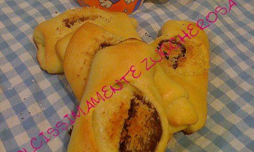 Brioche morbide con impasto in ciotola con pasta madre ricetta