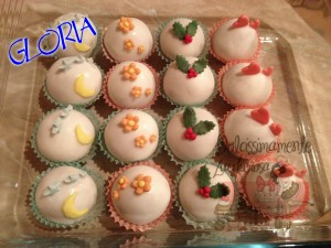 Tutorial bool cake decorate con pasta di zucchero