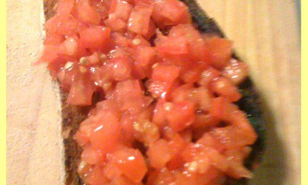 Bruschetta al pomodoro ricetta vegetariana vegana