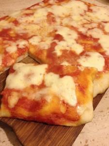 Pizza con pasta madre impasto veloce ricetta semplice