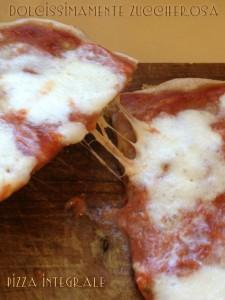 Pizza integrale con esuberi pasta madre ricetta facile
