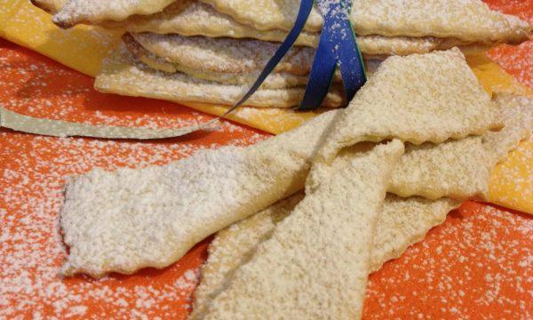 Frappe chiacchiere cotte al forno ricetta di carnevale