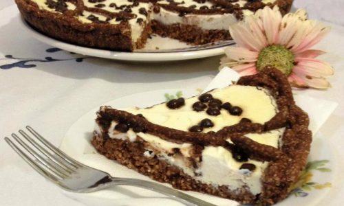 Crostata con ricotta al profumo di mandorle e gocce di cioccolato Dukan ricetta