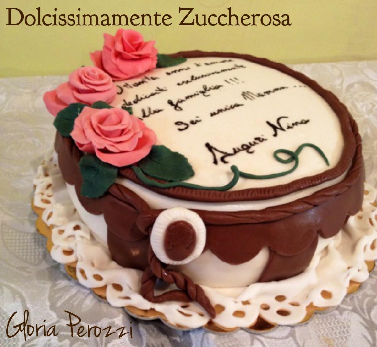 Torta Compleanno Per Mamma.Torta Compleanno In Pasta Di Zucchero Rose Pdz Dolcissimamente