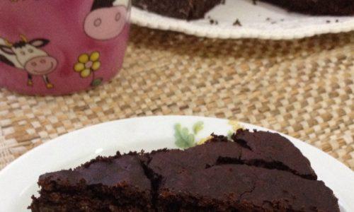 Torta senza farina per celiaci e vegetariani ricetta sana