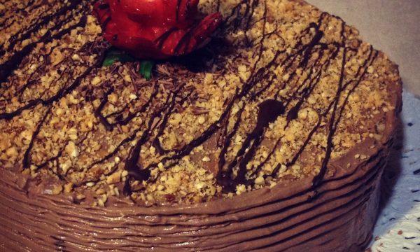 Torta al cioccolato senza cottura ricetta vegan