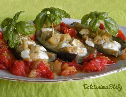 Vascelli di Melanzane con Pomodoro e Mozzarella