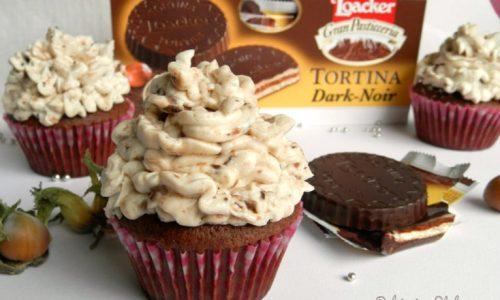 Cupcake alla Nocciola con crema al mascarpone e Tortina Dark