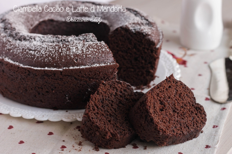 Ricetta torta al cioccolato bianco e mandorle