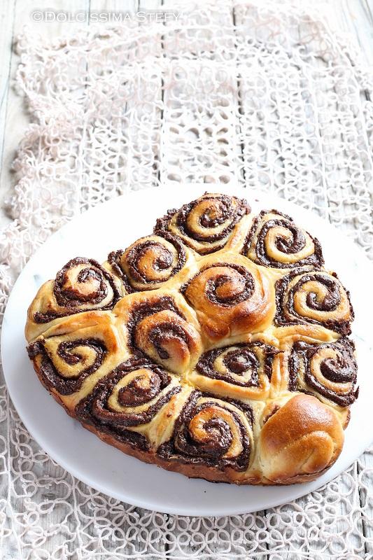 Brioche Nutella e Nocciole, ricetta e tutorial di Dolcissima Stefy