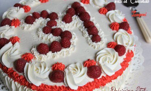 Torta di Compleanno al Cioccolato e Lamponi