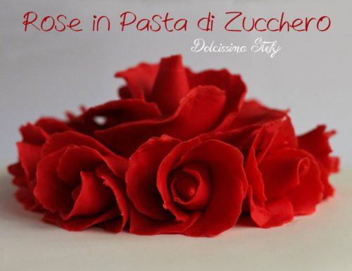 Rose in Pasta di Zucchero,tutorial