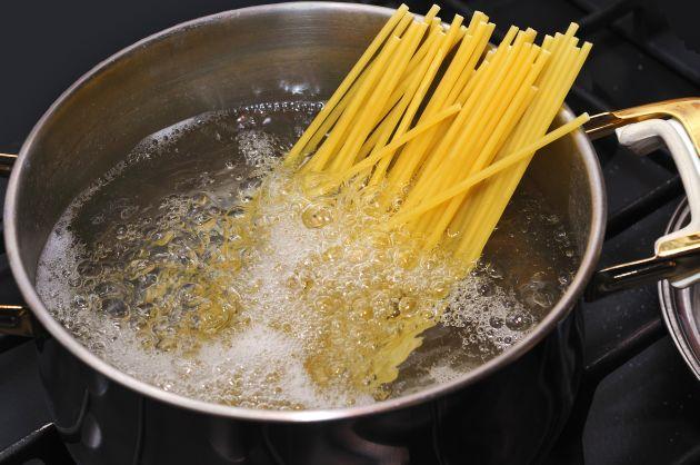 Acqua di Cottura della Pasta, come possiamo riciclarla