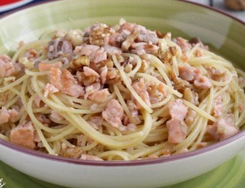 Spaghettini al Salmone e Noci
