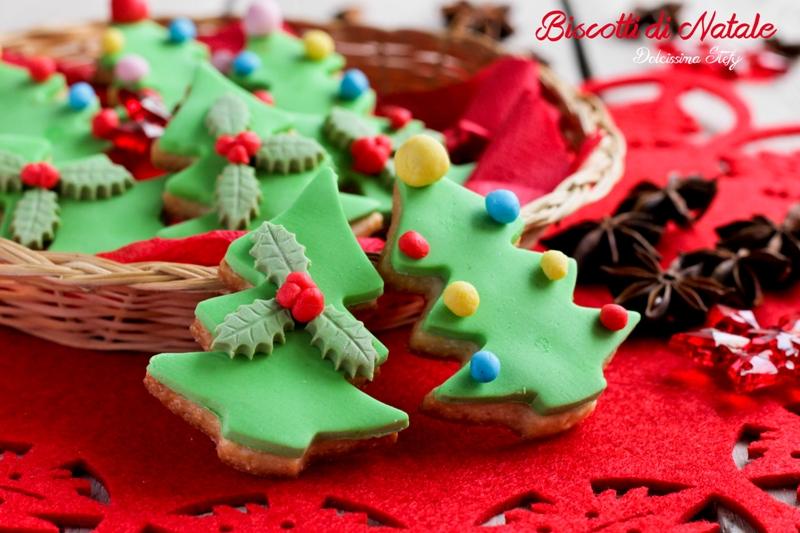 Biscotti Natale Pasta Di Zucchero.Biscotti Di Natale In Pasta Di Zucchero Dolcissima Stefy