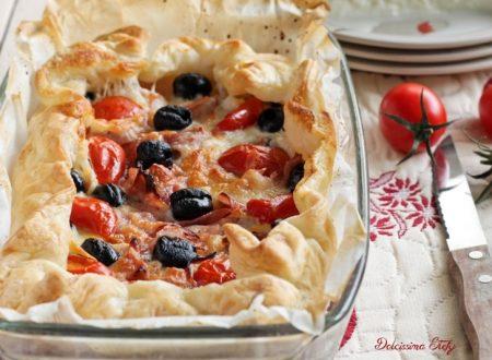 Torta salata con Mozzarella, Olive e Prosciutto cotto