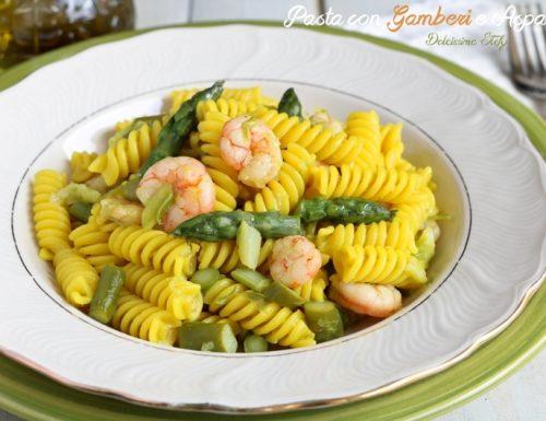 Pasta con Gamberi e Asparagi alla Curcuma