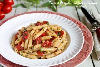 Pasta al Pomodoro ed Erbe aromatiche