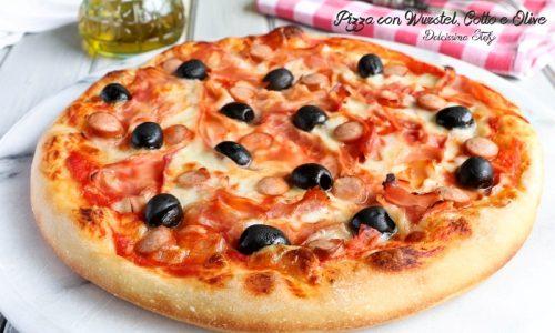 Pizza con Wurstel, Prosciutto cotto e Olive